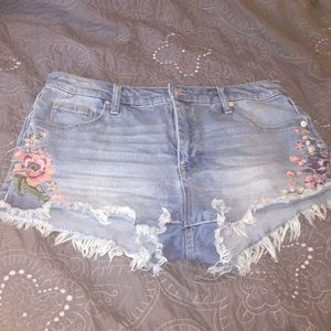 Mossimo flower embroidered shorts